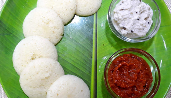 Instant-Rawa-Semolina-Idli-Featured